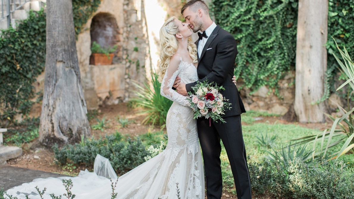 Intimate and romantic wedding in Dubrovnik