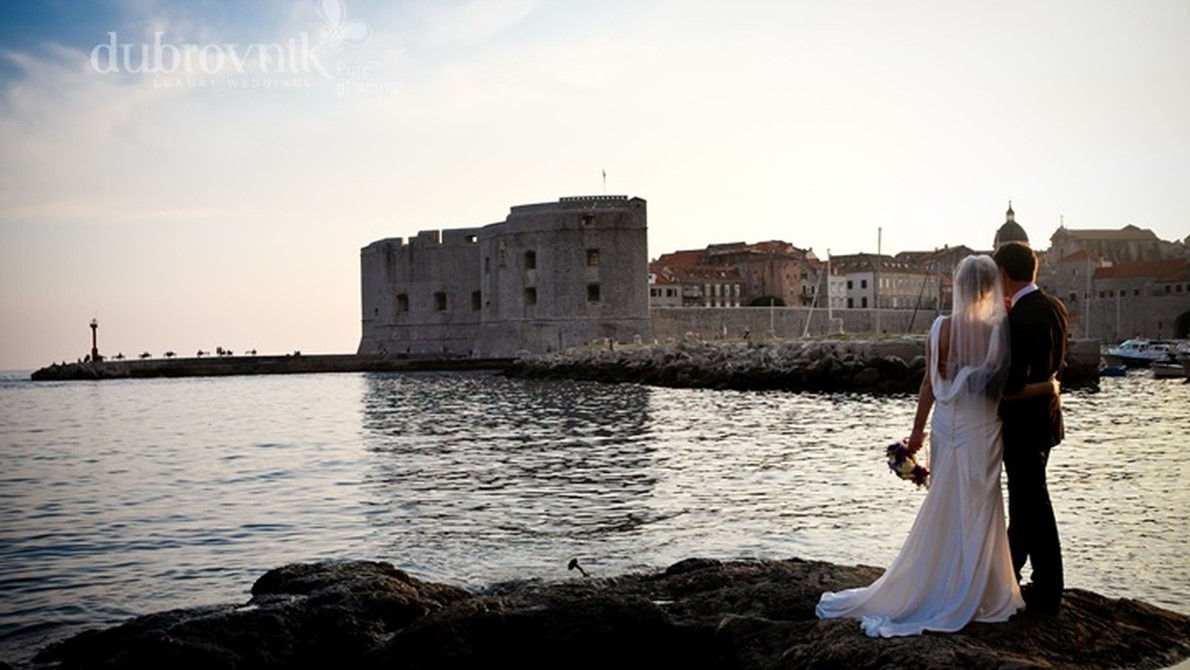 Planning a wedding abroad?  - Have a look at few tips for your perfect wedding in Dubrovnik :-)